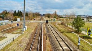 В Нововятске 22 апреля закроют движение по железнодорожному переезду