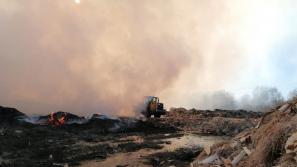 В Котельниче возбудили дело из-за пожара на свалке отходов деревообработки