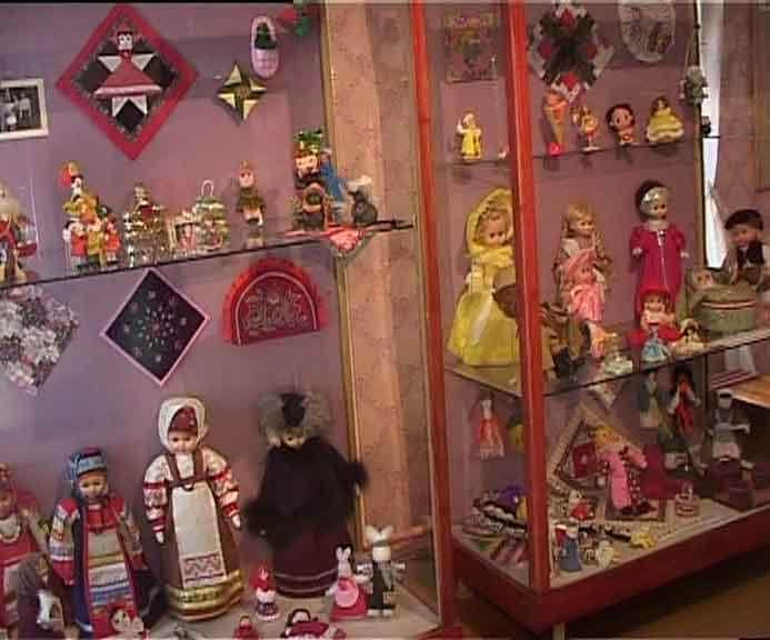 Куклы в доме-музее Салтыкова-Щедрина