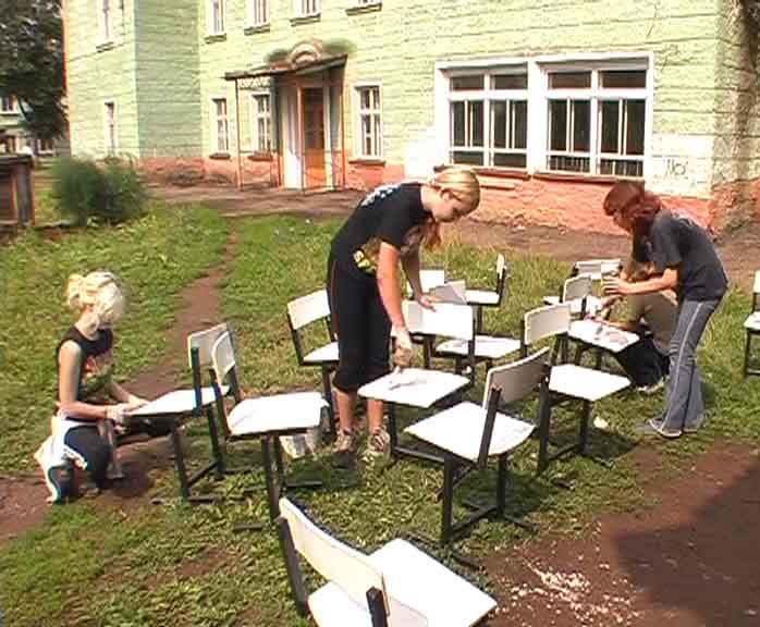 Подготовка школ к новому учебному году в городе Вятские поляны