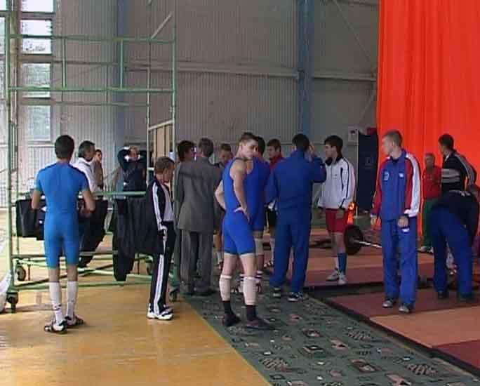 Выступления кировских тяжелоатлетов на Олимпиаде