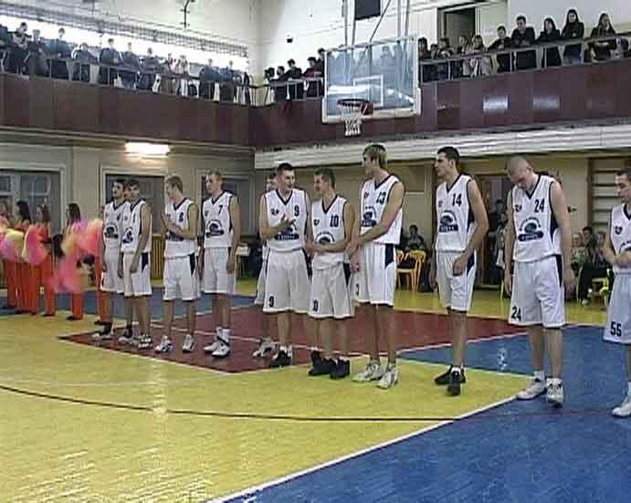 Победа баскетбольного клуба «Киров-Академия-Глобус»