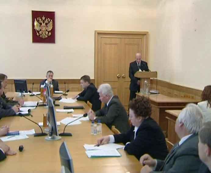 Для Кирова и Котельнича рекомендован режим «чрезвычайной ситуации»