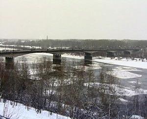 Ремонт старого моста через Вятку