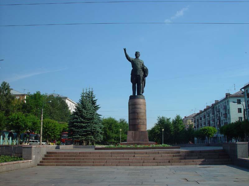 Памятники город киров школа надгробные памятники сочи