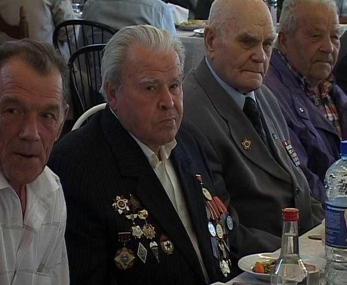 Встреча  ветеранов - десантников