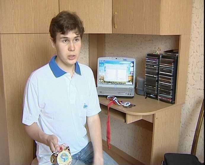 Андрей Зеленеев - обладатель бронзовой медали на международной олимпиаде во Вьетнаме