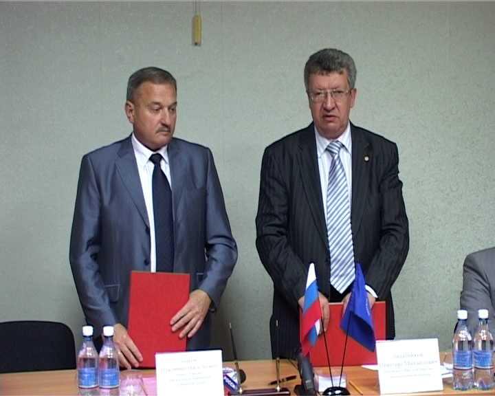 Вятская торгово-промышленная палата и администрация города Кирова подписали соглашение о сотрудничестве