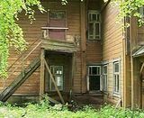 Здание родильного отделения под угрозой обрушения