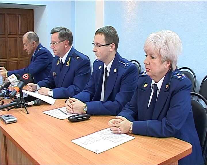 Прокуратура области продолжает борьбу с должностными правонарушениями