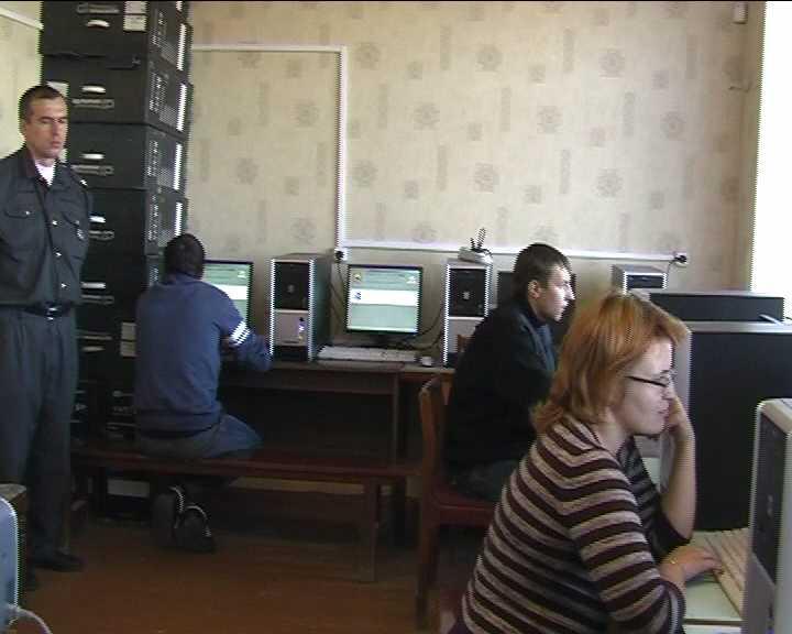 Компьютерные классы в отделениях ГИБДД