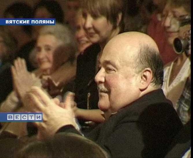 Александр Калягин  приехал на юбилей театральной школы