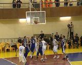 Баскетбольный спектакль со счетом 74-73