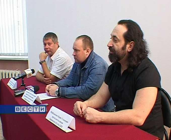 Кировский КВН готовится к пятнадцатилетию