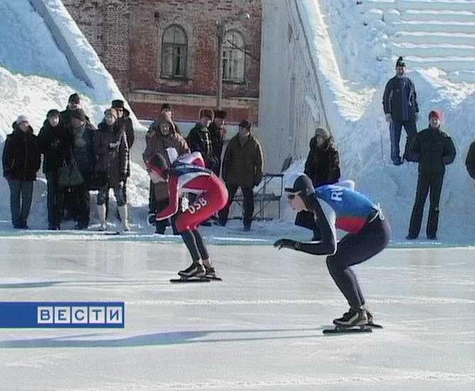Успехи кировских конькобежцев