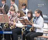В армию - с оркестром