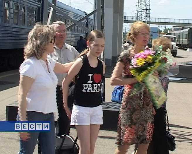Юные танцоры вернулись из Парижа