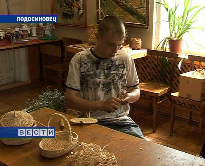 Плетение из соснового корня
