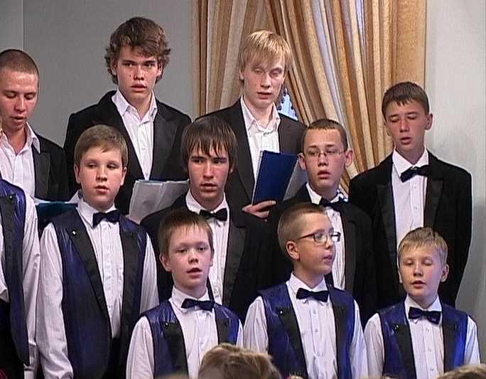 Вятские хоры - в Париж