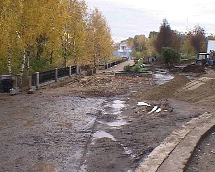 Реконструкция дворов и набережной Грина