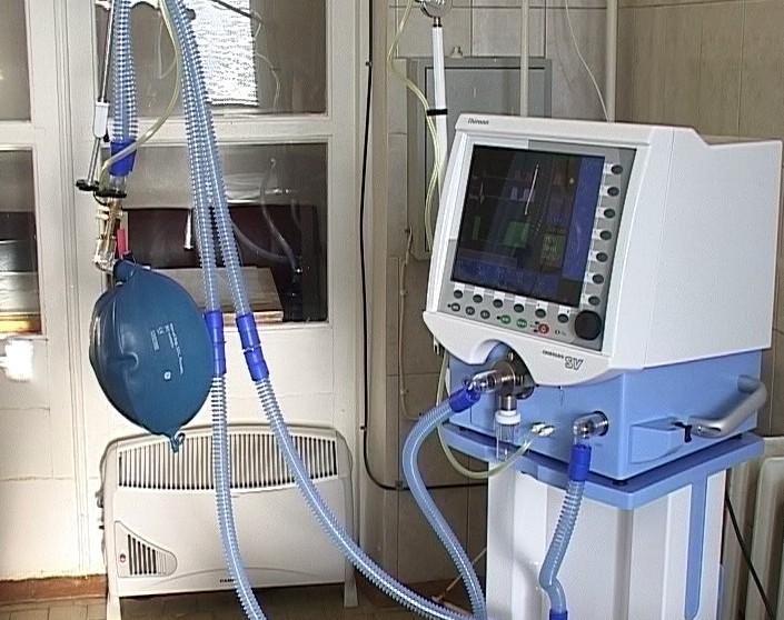 Новые аппараты искусственной вентиляции легких в инфекционной больнице