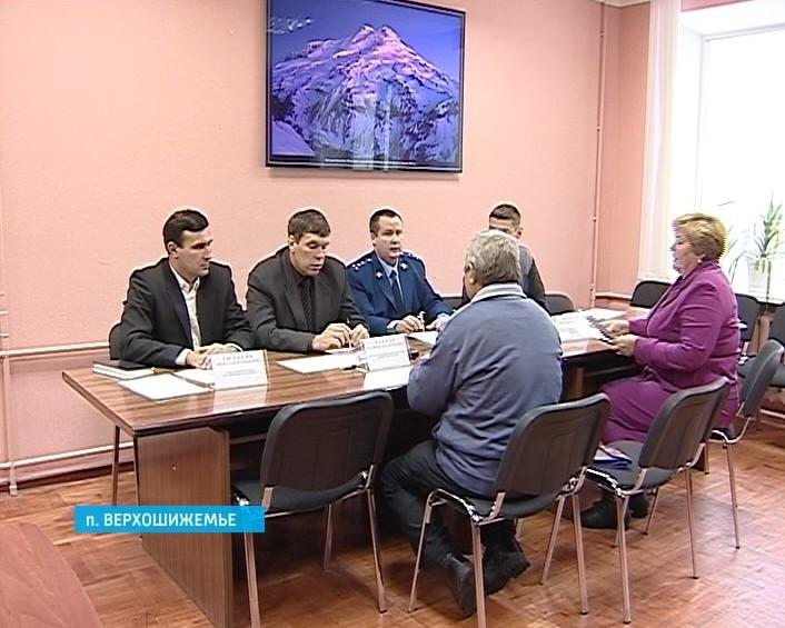 Владимир Климов провел прием граждан в Верхошижемском районе