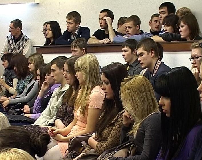 Встреча Дмитрия Рогозина со студентами ведущих кировских вузов