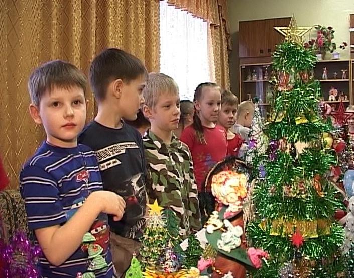 Новогодние ёлки своими руками