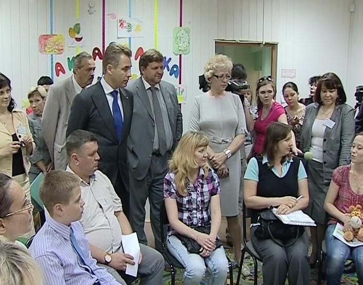 Павел Астахов пообщался с кировскими приемными семьями