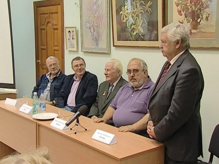 Лауреат премии Грина 2012 - Виктор Потанин