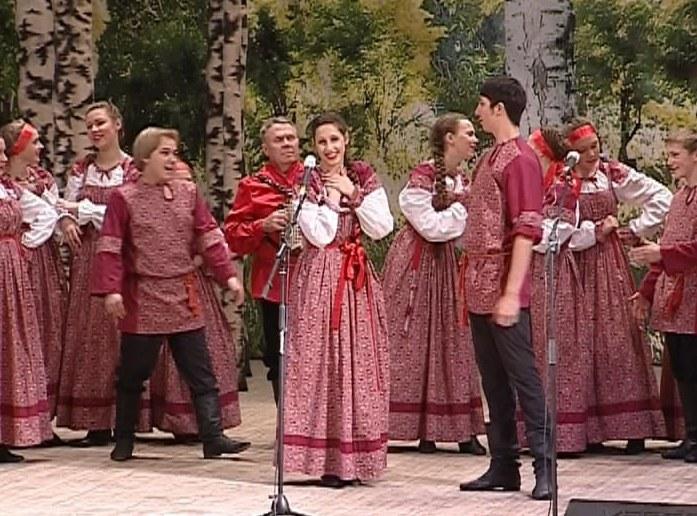 Фольклорный конкурс «Ладом по-вятски»