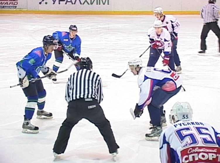 Хоккейный матч «Олимпия» - «Кристалл»