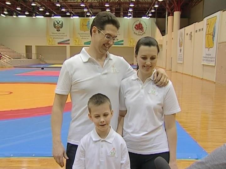 Крепкая семья - крепкая Россия
