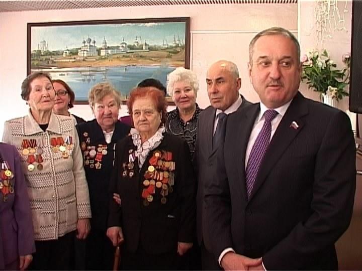 Встреча Быкова с ветеранами войны и труженицами тыла