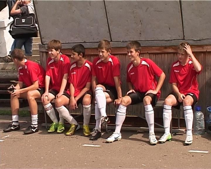 Первенство юношеских команд по футболу