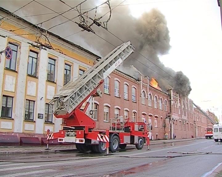 Брифинг по пожару ТЦ