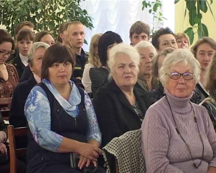 Вечер поэзии Леонида Хаустова в Герценке