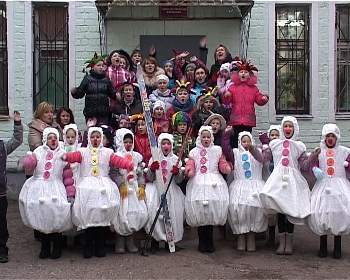 Театр танца «Эксперимент» в гостях у Деда Мороза