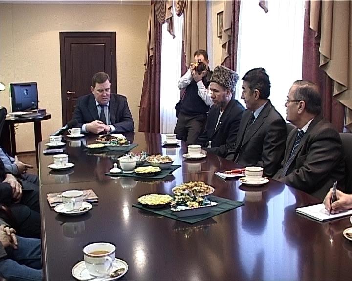 Встреча Солодовникова с представителями национальных диаспор