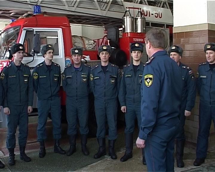 Герои - пожарные