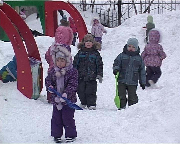 Возвращение зданий детских садов детям