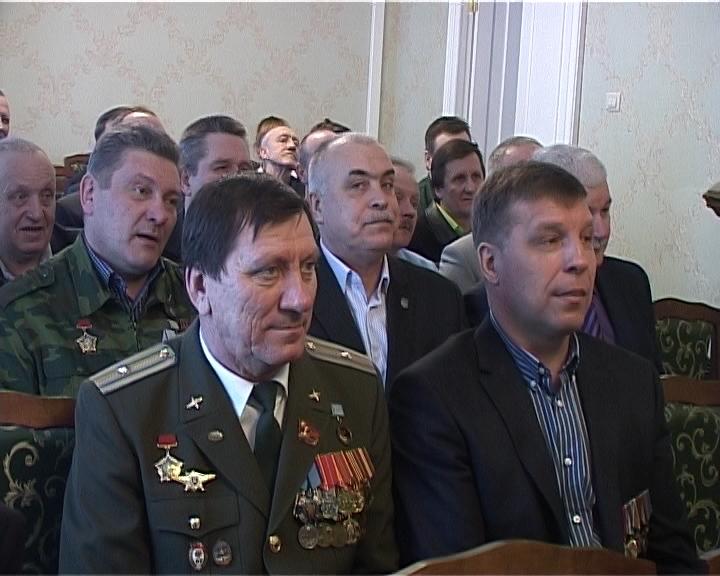 Вручение памятных медалей ветеранам афганской войны