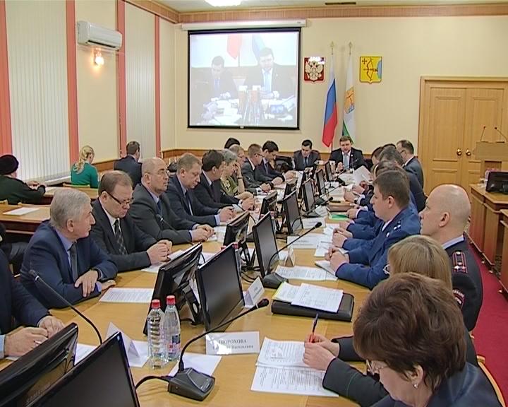 Проблему обманутых дольщиков обсудили на совещании в правительстве области с участием Александра Хинштейна