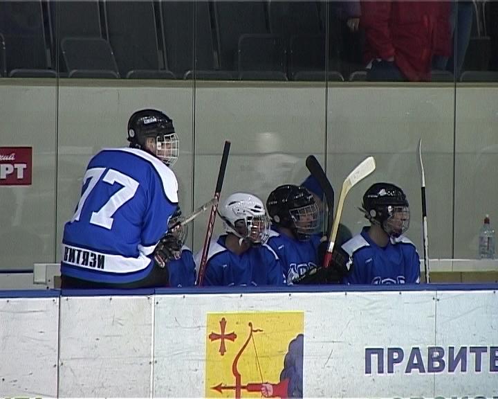 Хоккейные баталии сотрудников органов безопасности и правопорядка на льду «Олимп-арены»