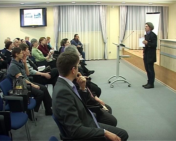 Презентация книги известного кировского краеведа и историка Владимира Любимова - Старая Вятка