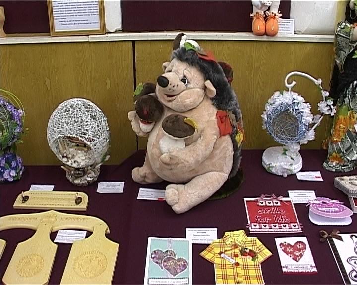 Выставка работ воспитанников Фалёнского дома детского творчества
