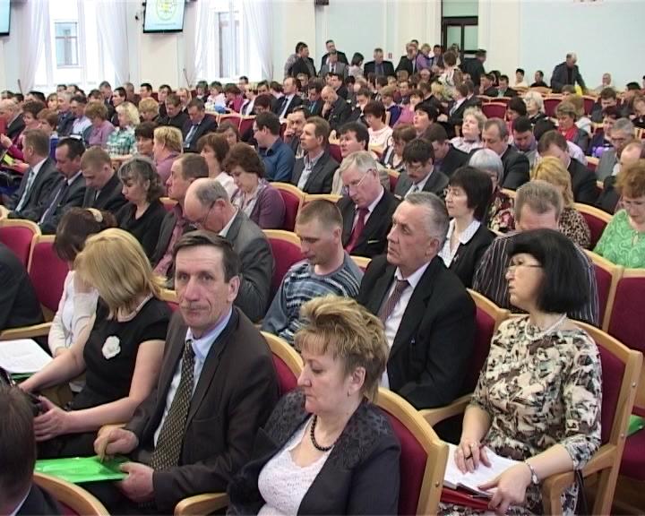 Отчетное собрание Ассоциации МО Кировской области и совещание главы региона Никиты Белых с главами муниципалитетов