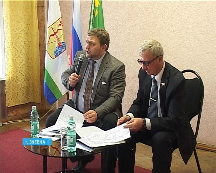 Никита Белых посетил ведущие производства Зуевского района