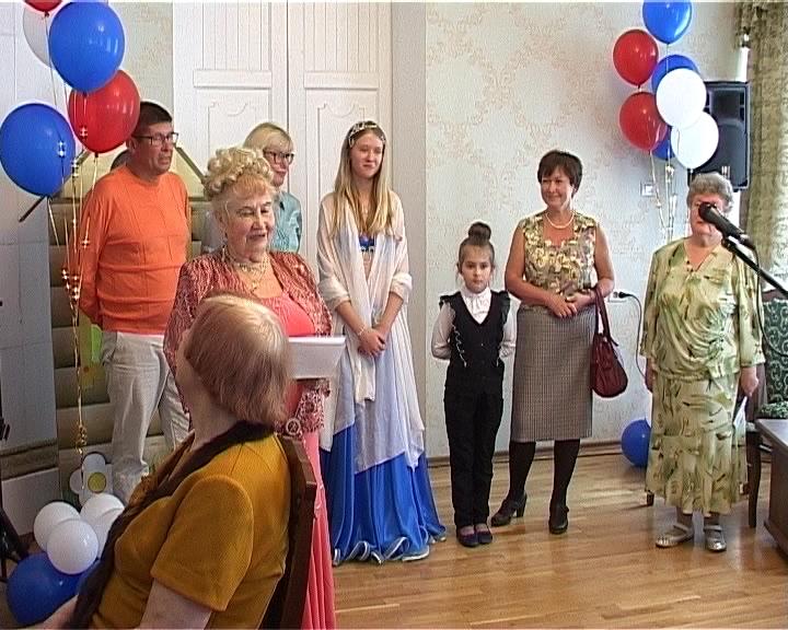 Семейный фестиваль в городском клубе ветеранов