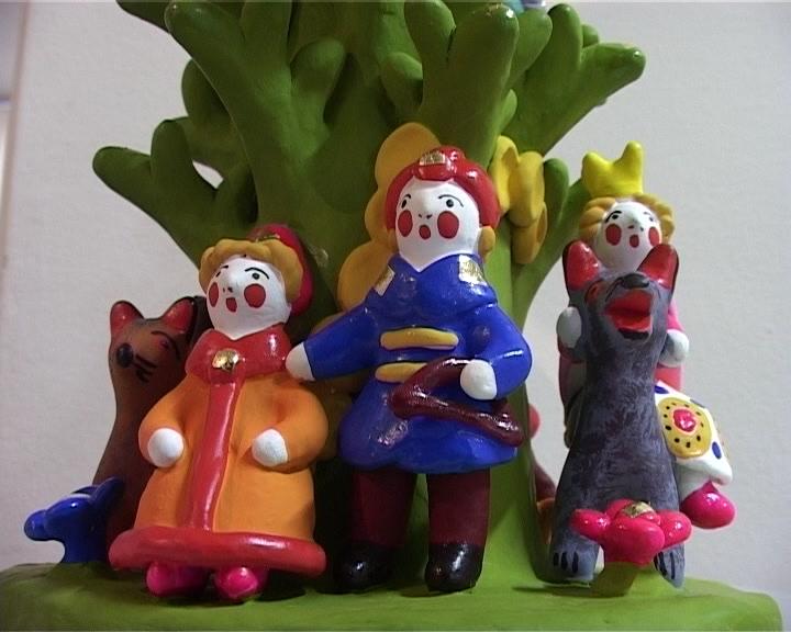 Выставка дымковской игрушки Нинель Скурихиной